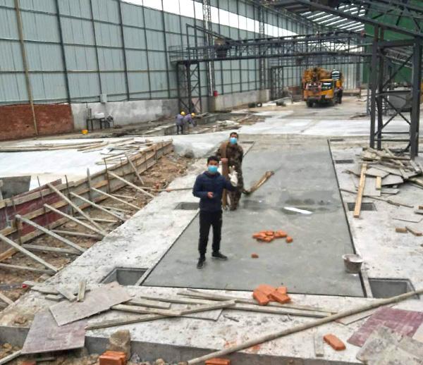 重庆石柱县砂石厂5台14米100吨地磅安装